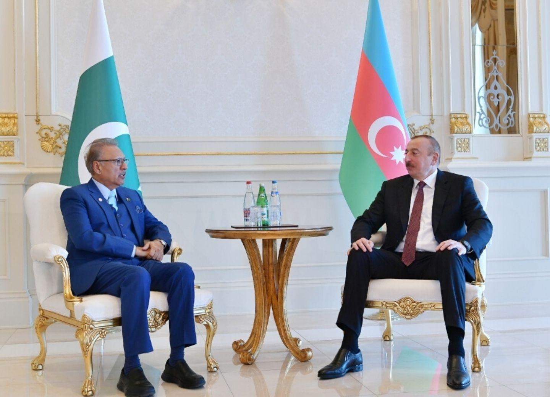 Президент Пакистана поздравил Президента Ильхама Алиева с Днем Республики