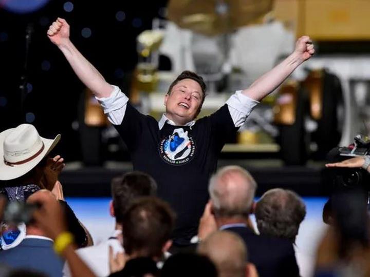 «Батут работает». Маск ответил на шутку Рогозина шестилетней давности