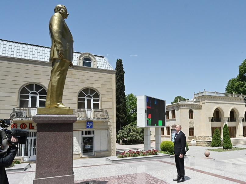 Президент Ильхам Алиев прибыл в Тертер - ФОТО
