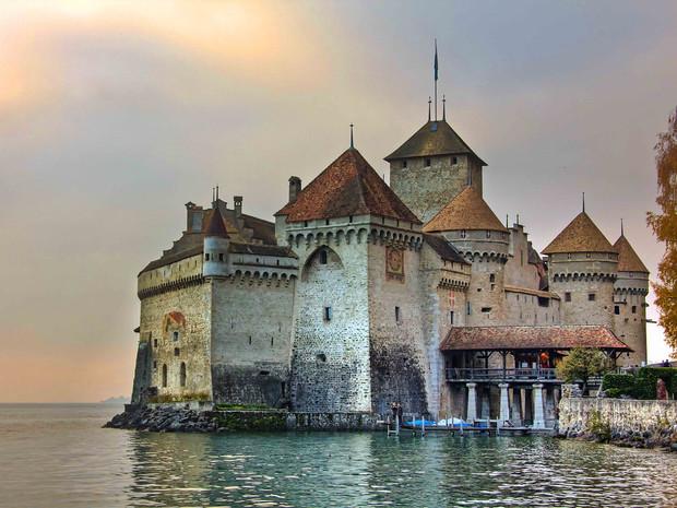 Как в сказке: Самые волшебные замки Европы – ФОТО