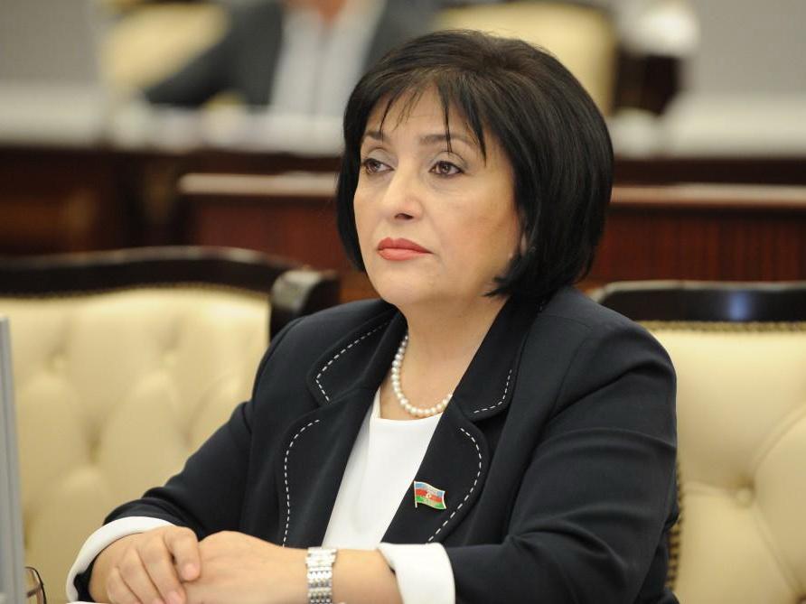 Сахиба Гафарова обратилась к соотечественникам в связи с введением жесткого режима карантина
