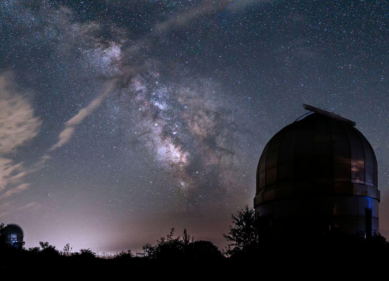 Жизнь звезд-гигантов: астрономы Азербайджана ищут ответы вместе с европейскими партнерами – ФОТО