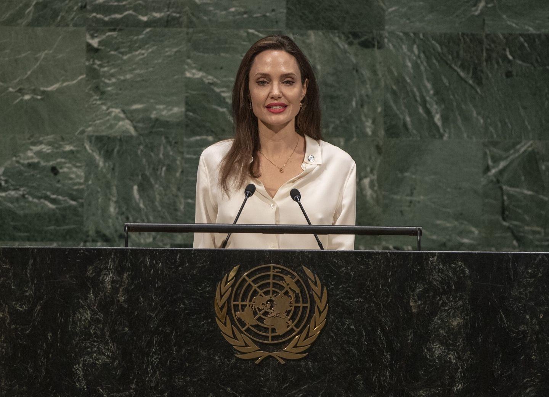 Азербайджанская община Нагорного Карабаха написала Анджелине Джоли