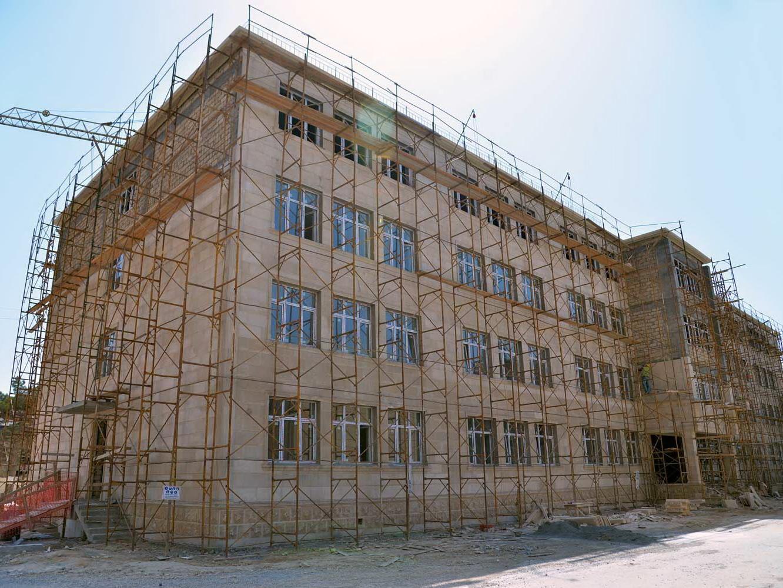 В Баку строятся еще семь школ - ФОТО