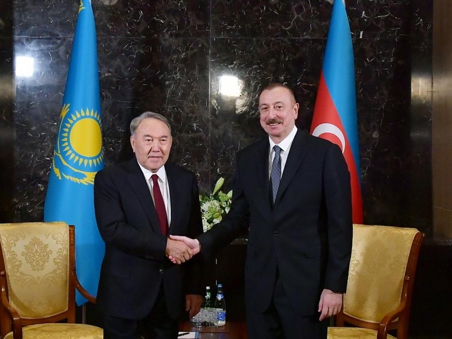 Ильхам Алиев поздравил Нурсултана Назарбаева с юбилеем