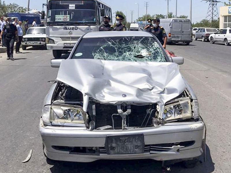 Sabirabadda baş həkimin oğlu avtomobillə iki qadını vuraraq öldürüb - FOTO