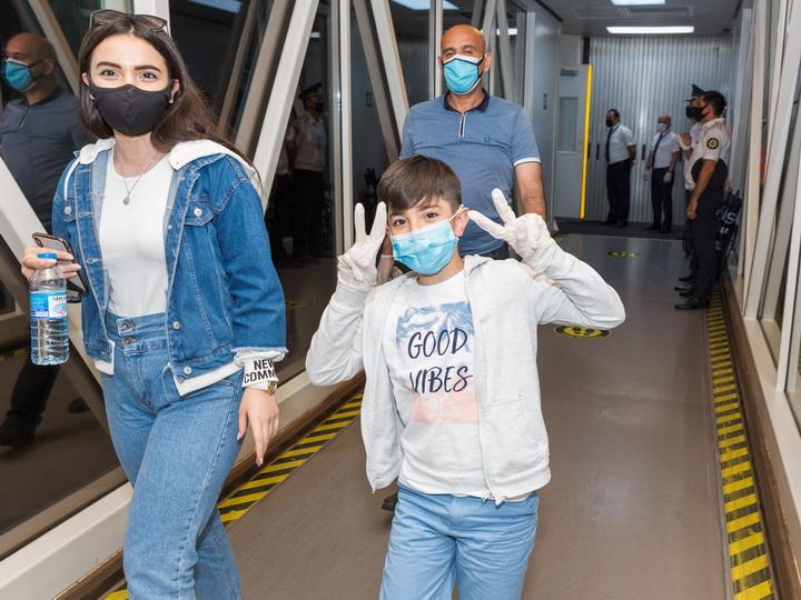 AZAL выполнил чартерный рейс из Киева - ФОТО