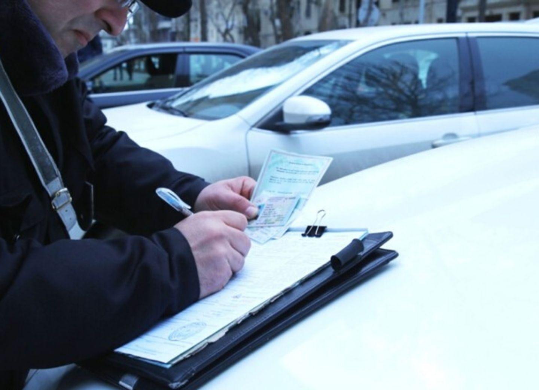 Дорожная полиция за сутки оштрафовала свыше 1400 нарушителей карантина