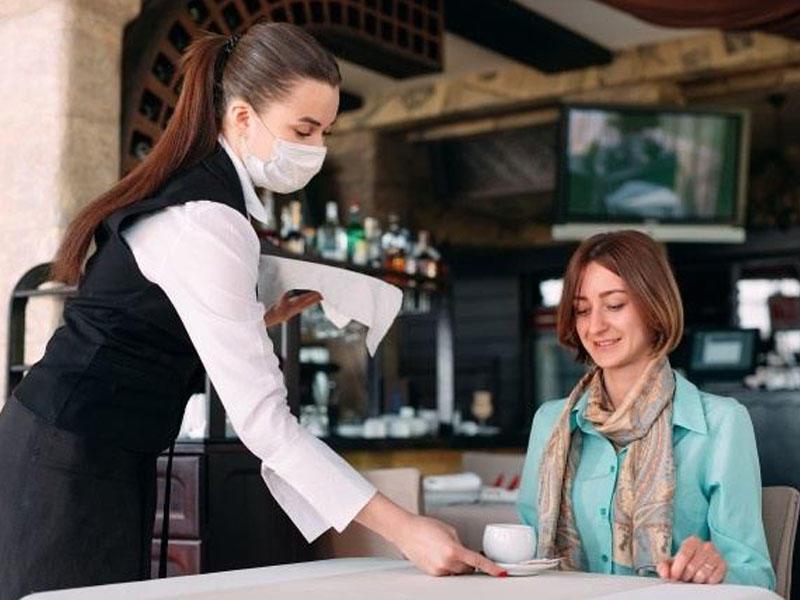 İnsanların restoranlara, iş yerlərinə QR kod vasitəsilə buraxılması təklif olunur