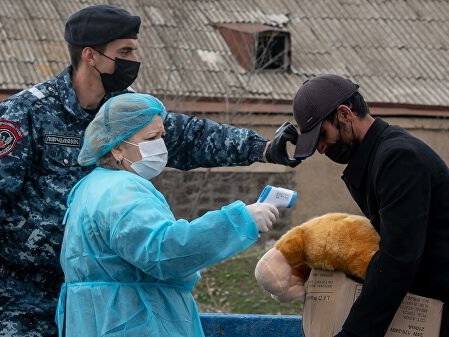 В Армении режим ЧП из-за пандемии продлен на месяц
