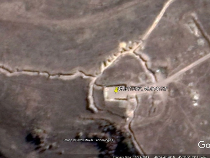 Армяне со смайликом «отреклись» от своего уничтоженного опорного пункта