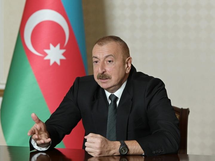 Президент Азербайджана озвучил, сколько человек официально обратились в военкоматы