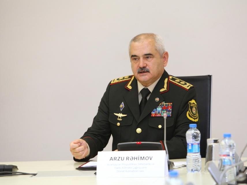 Начальник Госслужбы: После выступления президента до 4 тысяч молодых людей взяты на военную регистрацию