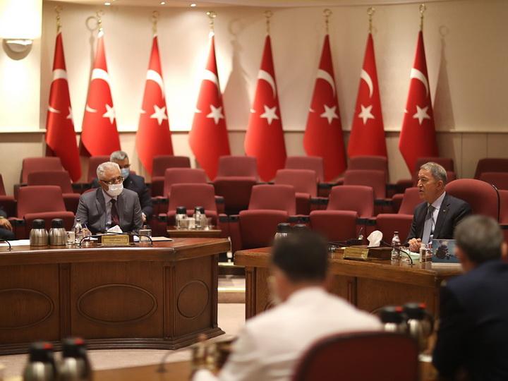 Замминистра обороны Азербайджана встретился с министром обороны Турции – ВИДЕО – ФОТО