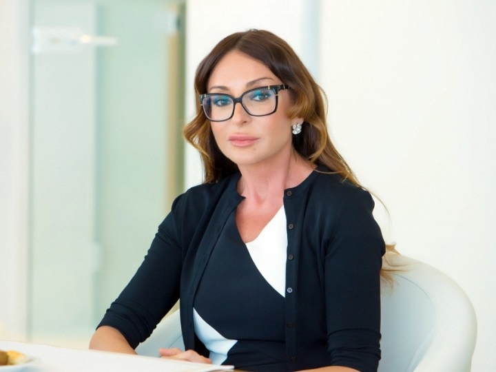 Mehriban Əliyeva Qurban bayramı münasibətilə Azərbaycan xalqını təbrik edib - FOTO