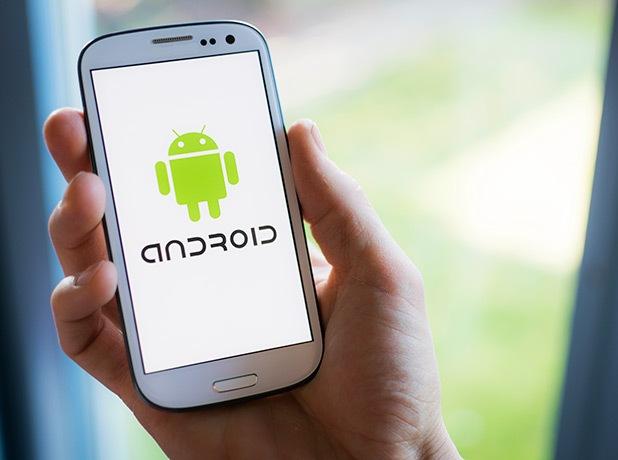 """Köhnə smartfonlar """"Android""""in tam versiyasından məhrum olacaq"""
