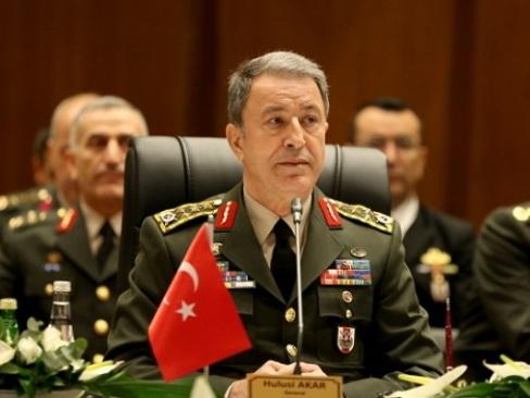 Хулуси Акар: Мы рядом с Азербайджаном вчера, сегодня, завтра