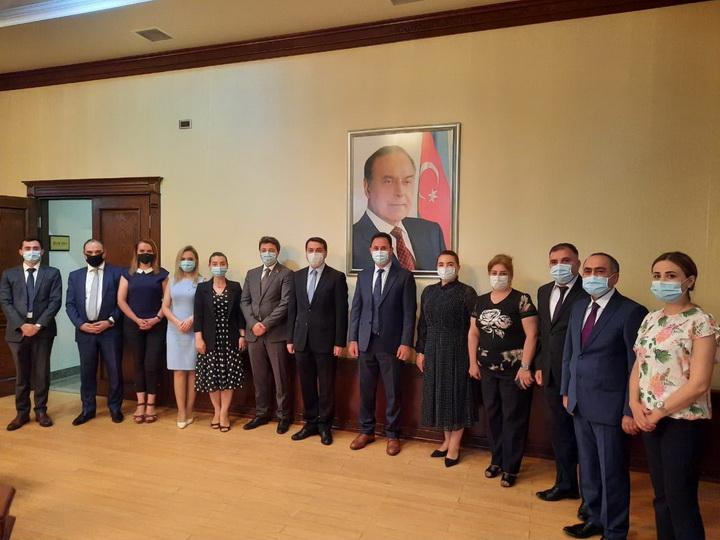 Хикмет Гаджиев встретился с членами азербайджанской общины нагорно-карабахского региона