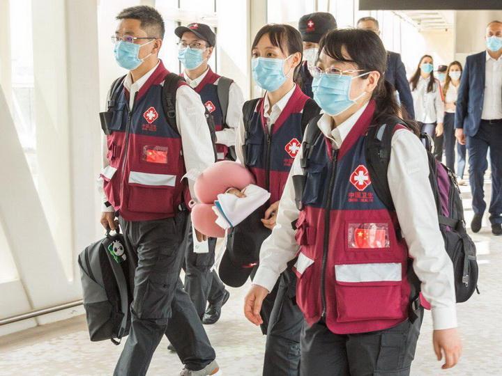 В Азербайджан прибыли ведущие китайские медики - ФОТО