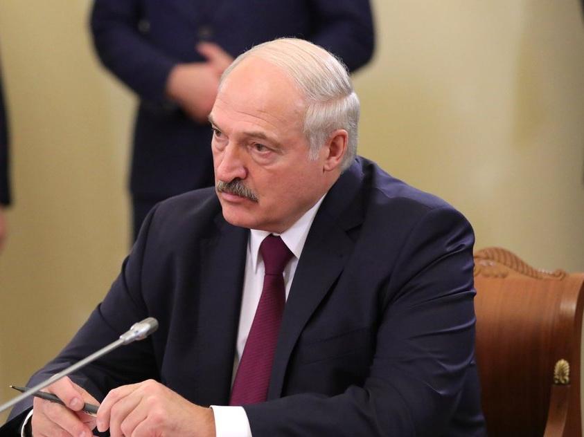Президент Беларуси подтвердил намерение изменить Конституцию