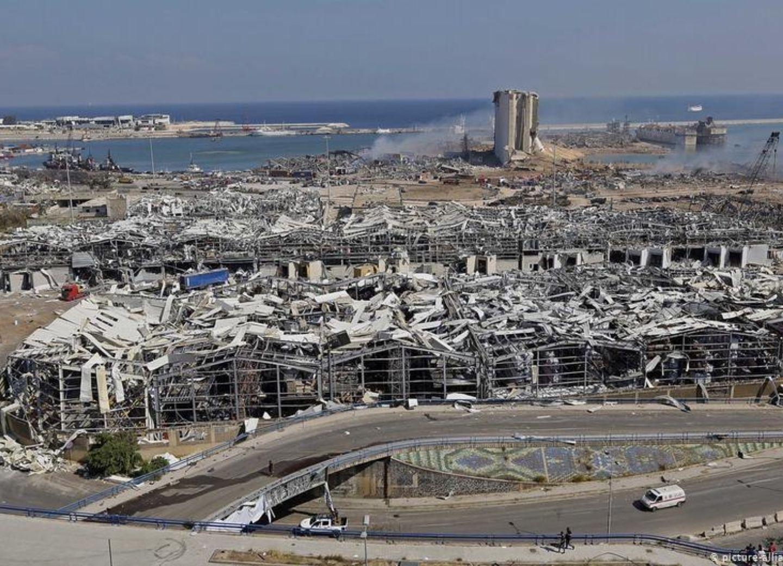 В Бейруте после взрыва задержаны 16 сотрудников порта