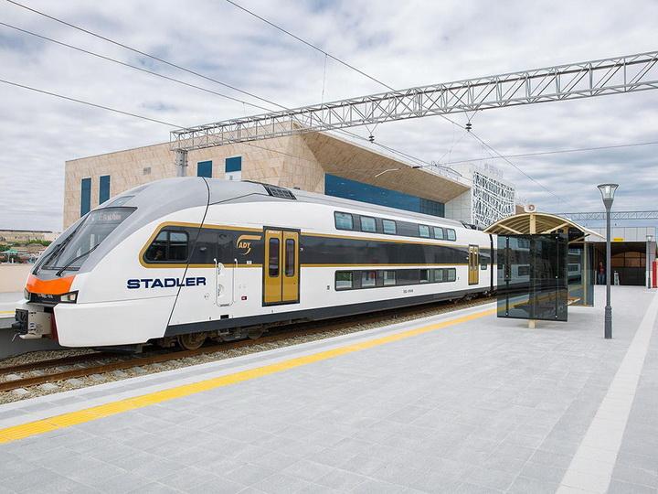 На линию Баку-Пиршаги-Сумгайыт будут выпущены дополнительные поезда - ФОТО