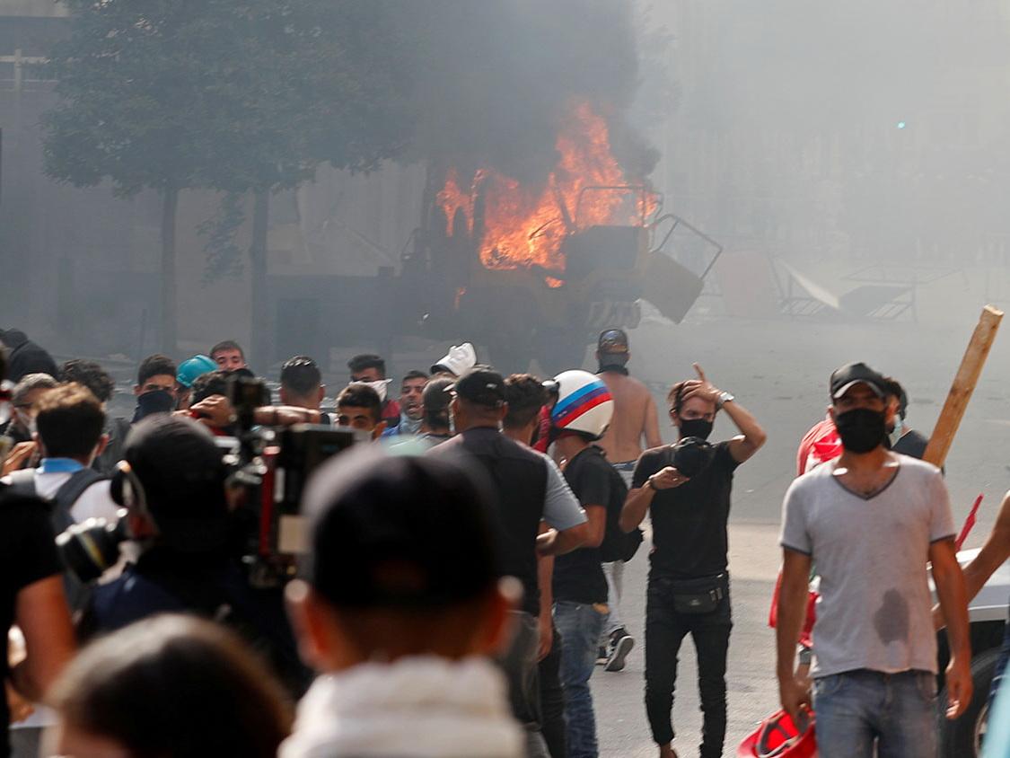 В Бейруте протестующие штурмовали здания четырех министерств - ФОТО - ВИДЕО - ОБНОВЛЕНО