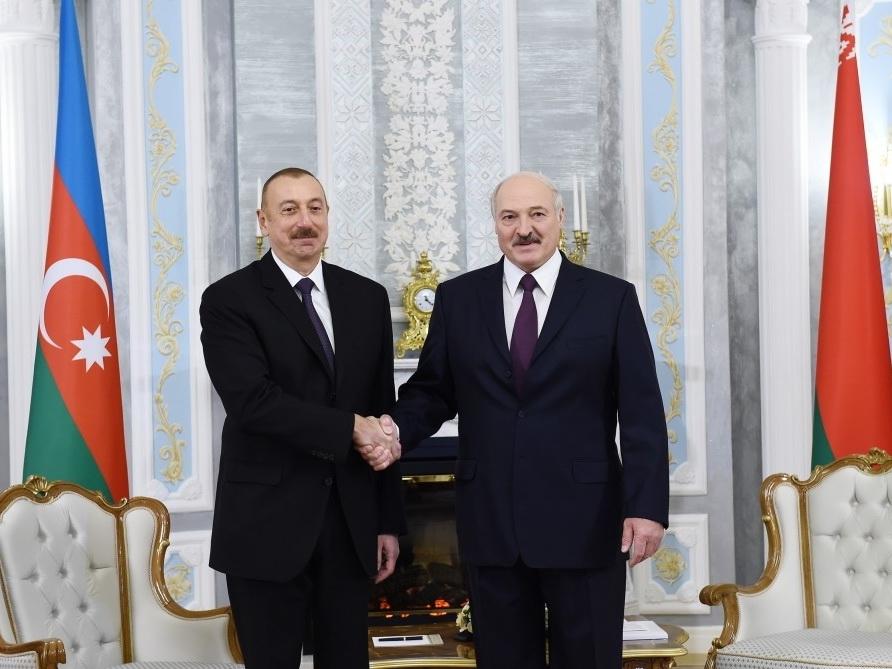 Ильхам Алиев поздравил Александра Лукашенко с уверенной победой на президентских выборах