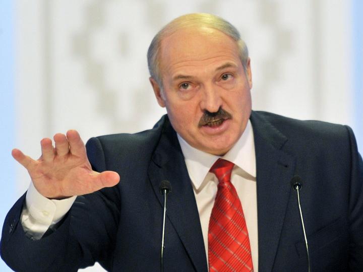 Лукашенко заявил, что протесты в Беларуси подавлялись мягко