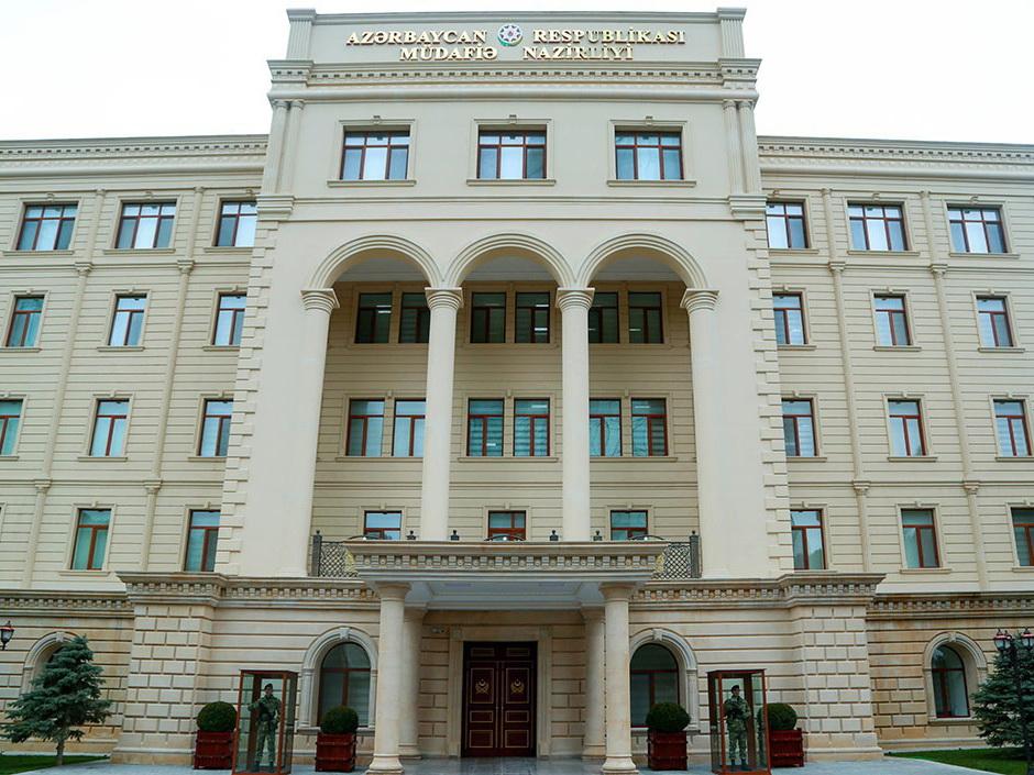 В Азербайджан из Турции прибывает представительная военная делегация