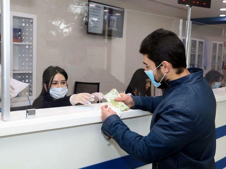 Nazirlik: 190 manat almaq üçün 278 min şəxsin siyahısı artıq aidiyyatı banklara göndərilib