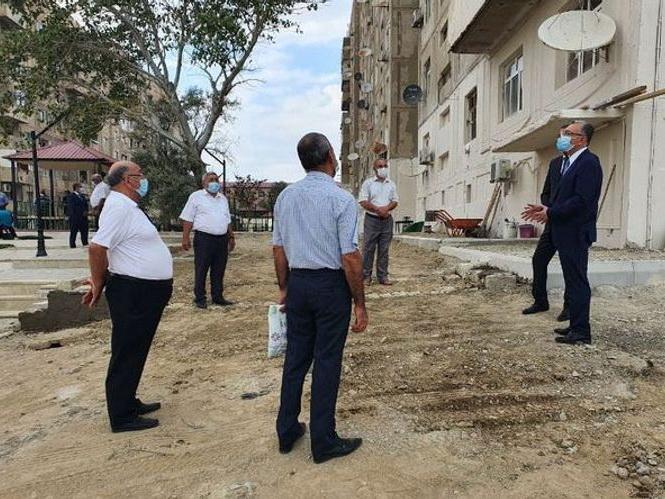 Эльдар Азизов предупредил чиновников в связи с незаконными постройками в Баку - ФОТО