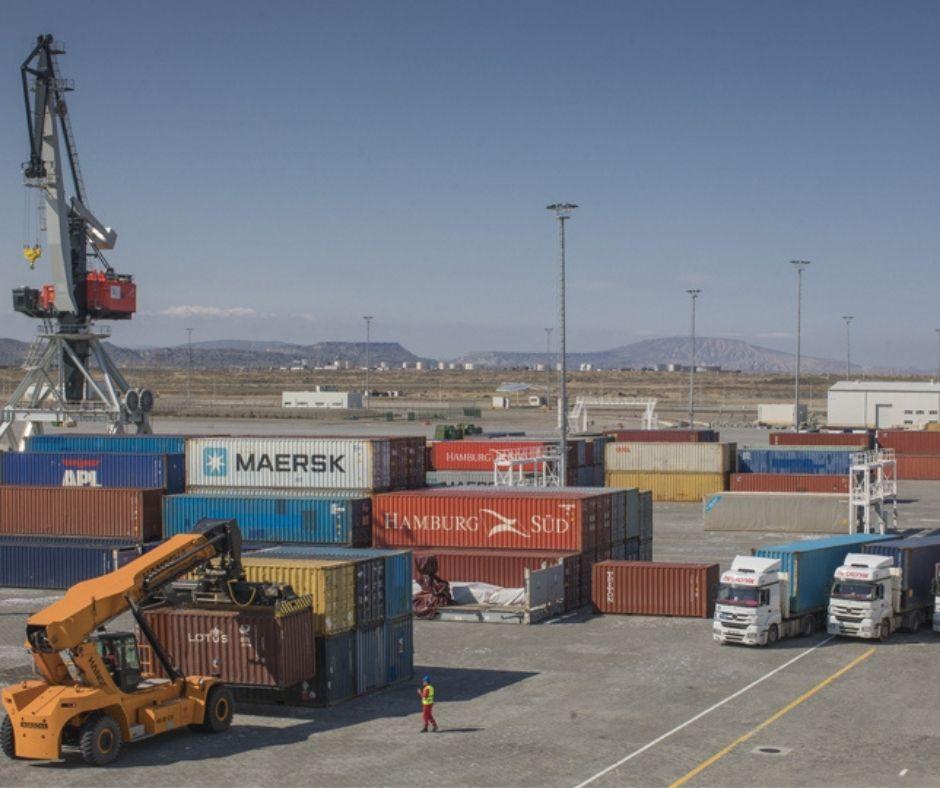 Бакинский порт снял трогательное видео, посвященное движению «Əsgərə salam» - ВИДЕО