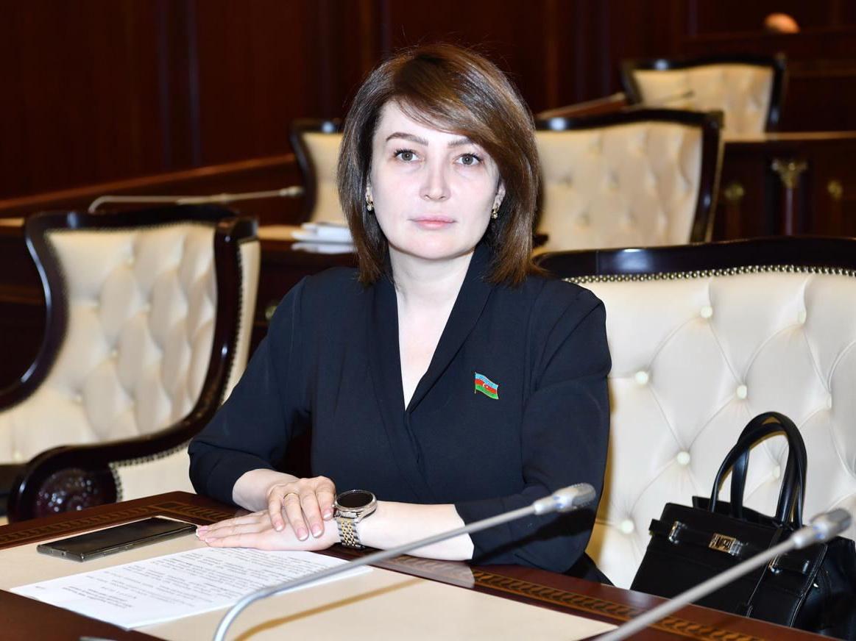 Далёкий от политики депутат: Жаля Ахмедова рассказала о себе