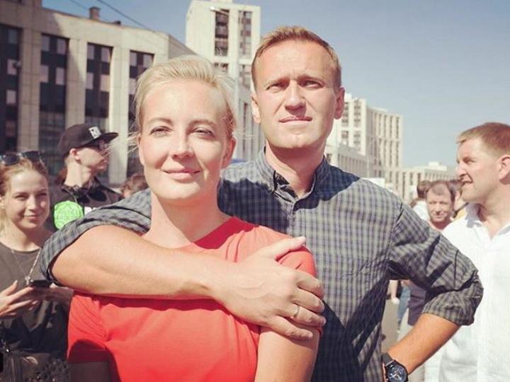 Навальный: «Сегодня я знаю о любви немного больше, чем месяц назад» - ФОТО