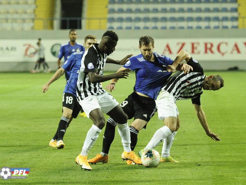 В Премьер-лиге Азербайджана появилась интрига. «Карабах» опустился на пятое место – ВИДЕО