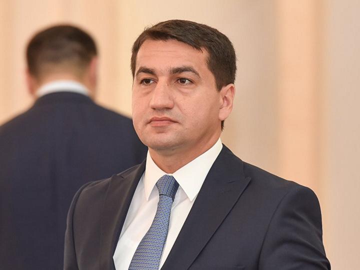Hikmət Hacıyev: Azərbaycan Ordusu qadın, uşaq və yaşlılara qarşı müharibə aparmır