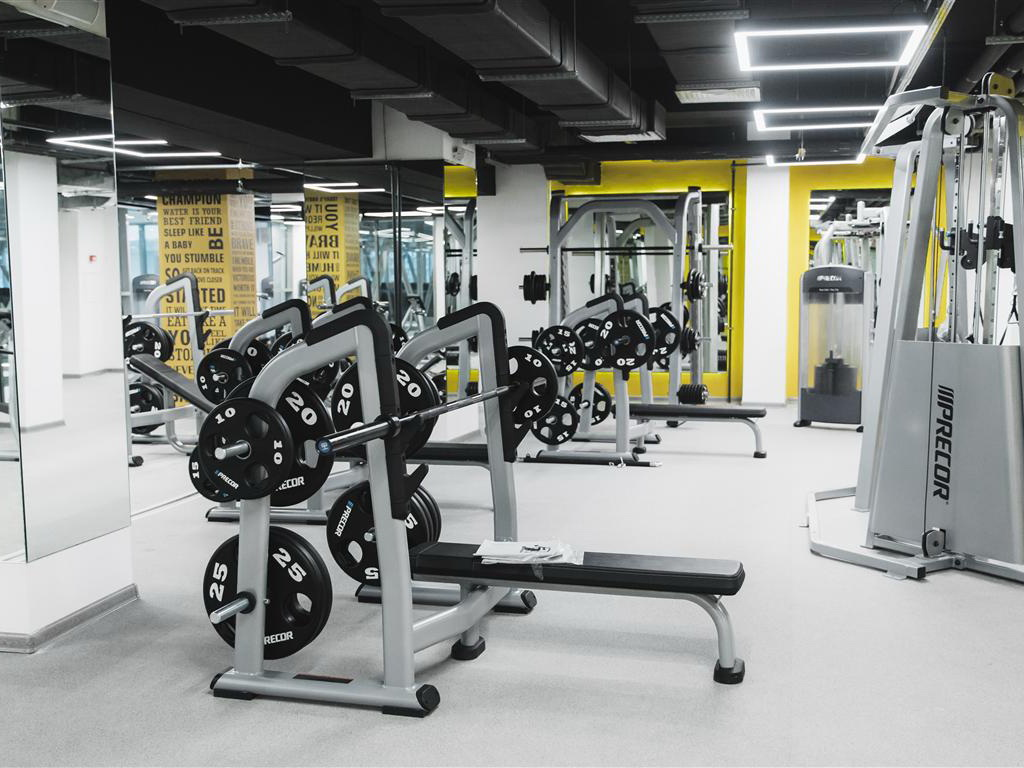 В Азербайджане готовятся открыть фитнес-залы