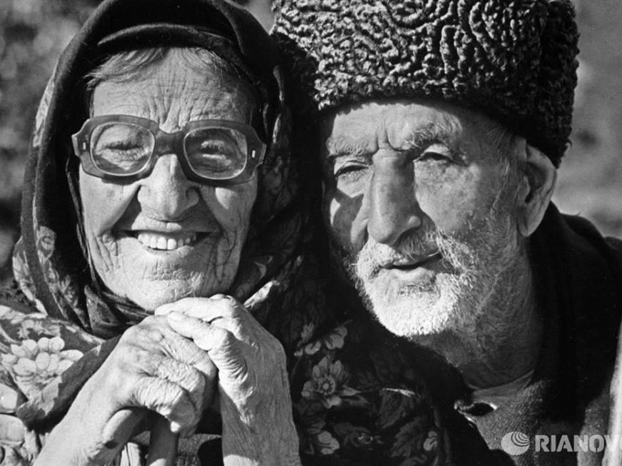 Вместе 100 лет. История Ильяса и Хатын Джафаровых по воспоминаниям их правнучки – ФОТО-ВИДЕО