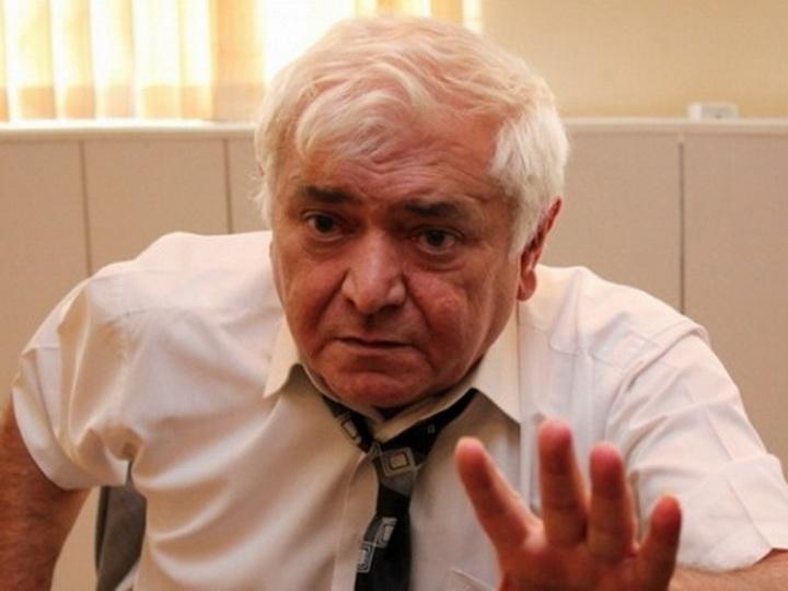 Агиль Аббас: «Как выгоняют свиней с поля, так надо гнать и армян с наших земель»