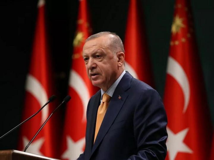 Эрдоган утвердил отправку военных в Азербайджан