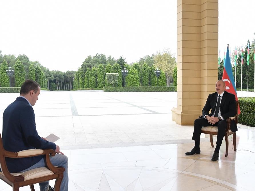 Ильхам Алиев: Я призывал армянских матерей не отправлять детей на оккупированные территории - ФОТО