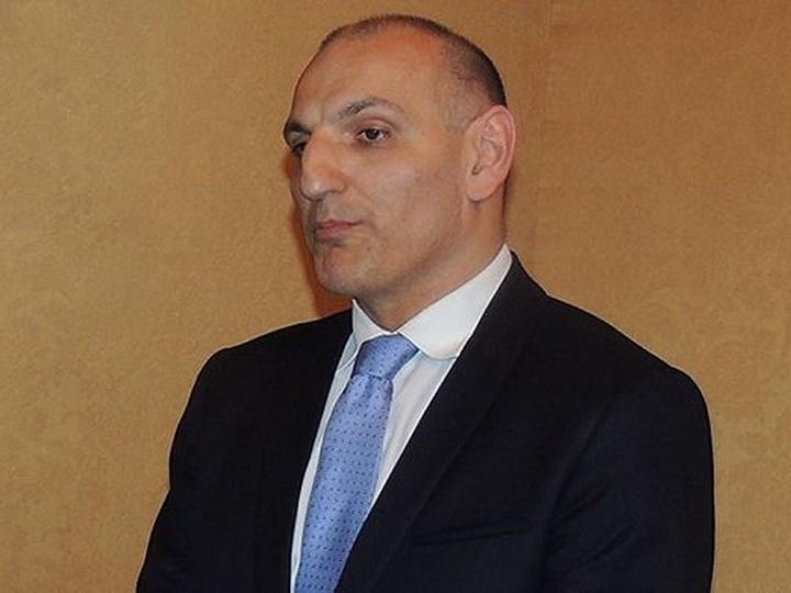 Эльчин Амирбеков: ВС Армении обстреляли Барду кассетными бомбами, чтобы погубить как можно больше мирных граждан
