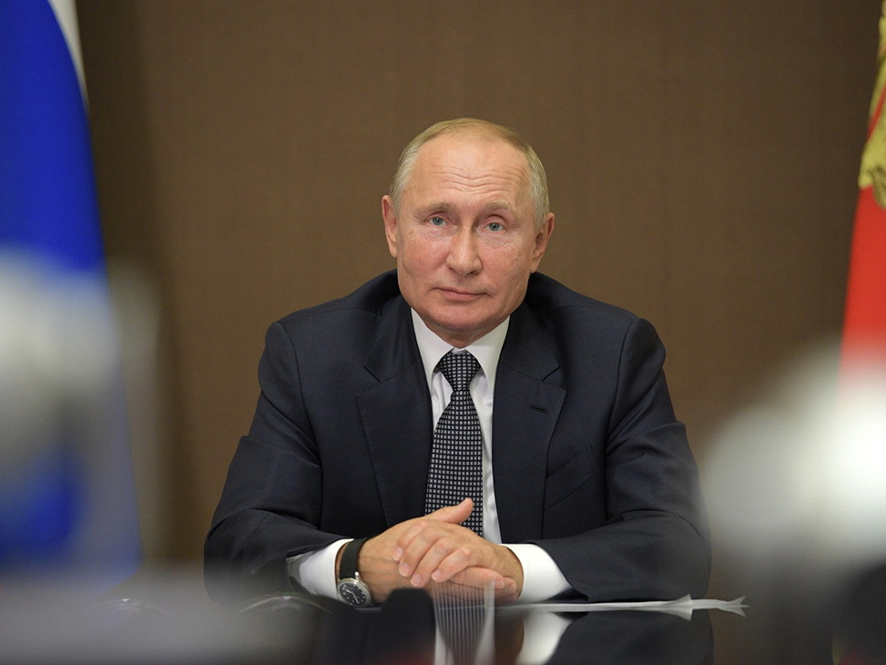 Путин обсудил с Совбезом работу российских миротворцев в Карабахе