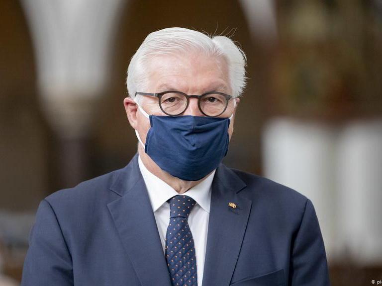 Президент Германии ушел на карантин из-за коронавируса