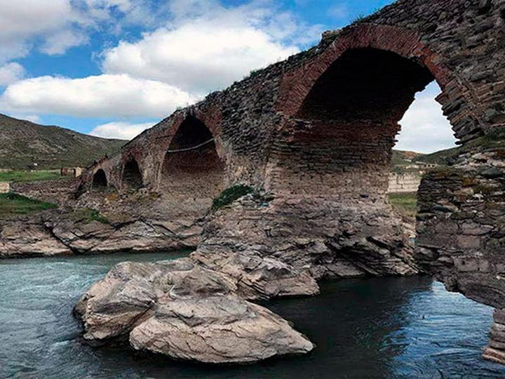 Худаферинский мост – освобожденный от оккупации древний памятник азербайджанского зодчества – ФОТО