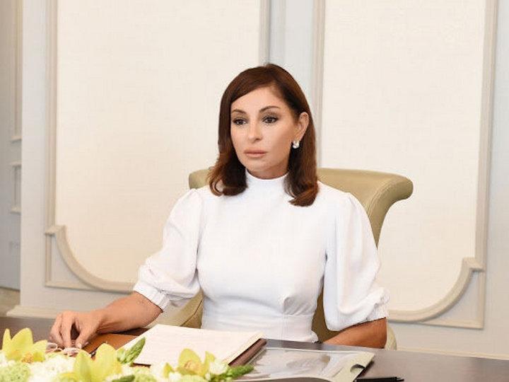Birinci vitse-prezident Mehriban Əliyeva Müstəqillik Günü ilə bağlı paylaşım etdi