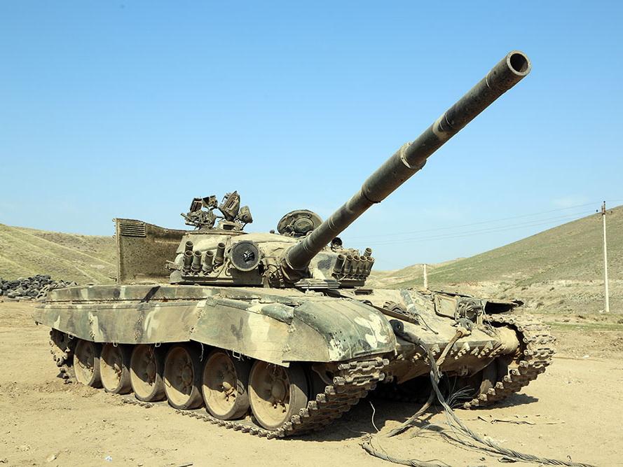 Военная техника ВС Армении, брошенная при бегстве на поле боя - ФОТО – ВИДЕО