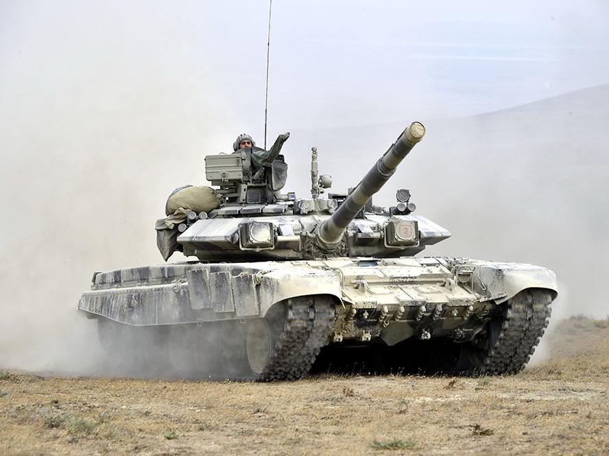 Минобороны Азербайджана: «Выведен из строя батальон 556-го полка вооруженных сил Армении»