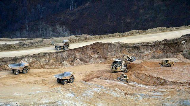 daglik karabag da 112 ton altini kaptirmak 13682072 9126 m